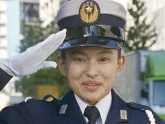 第31話 「瞳キラキラ!美人刑事登場」/動画